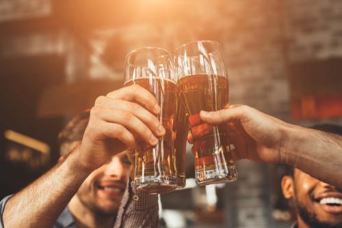 men-cheers-beers