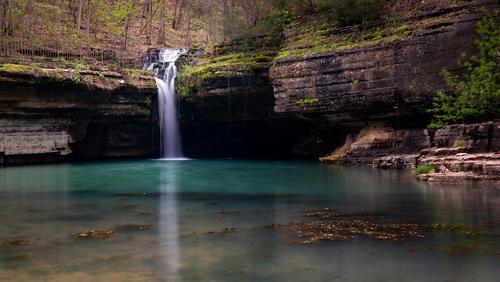 waterfall-in-missouri
