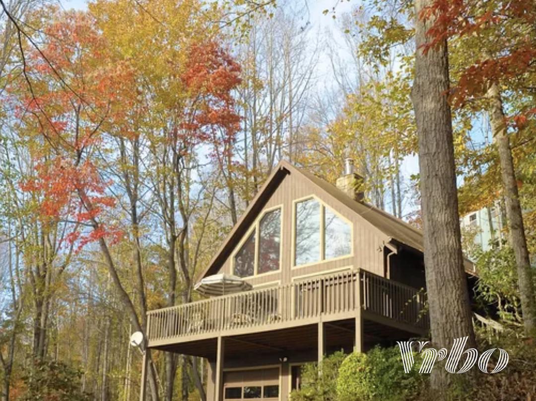 asheville-cabin-fall-foliage