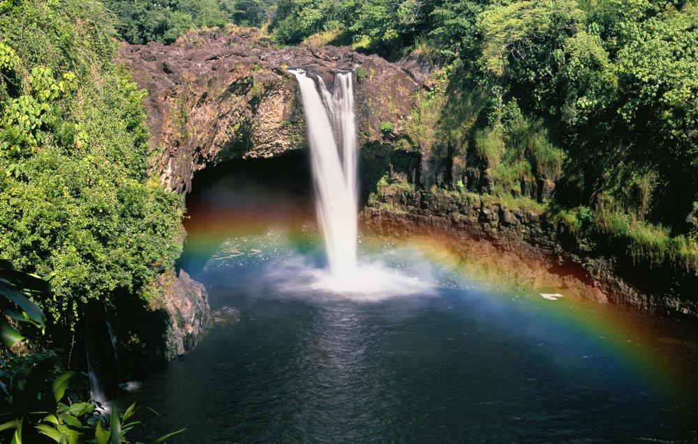 kauai-hawaii-rainbow-waterfall