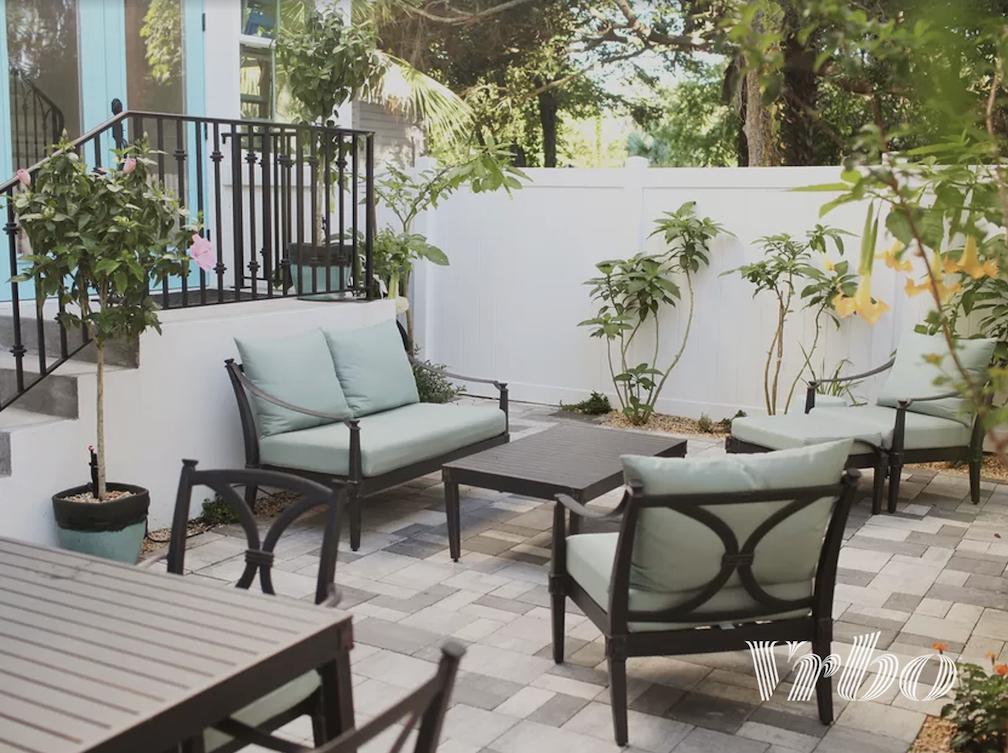 trendy-patio-furniture