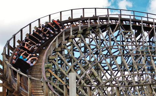 dollywood-wooden-roller-coaster-ride