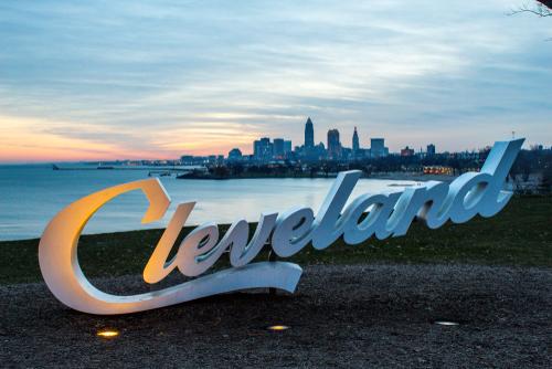 cleveland-sign-sunrise