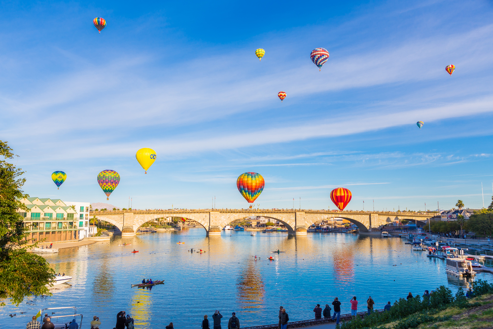 lake-havasu-city-london-bridge-air-balloons