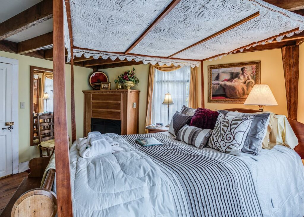 captain-grants-bed-and-breakfast-2