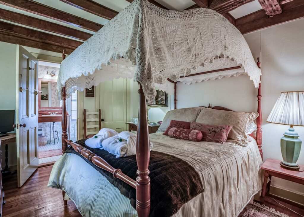 captain-grants-bed-and-breakfast