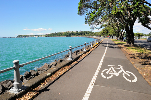 bike-path-along-water